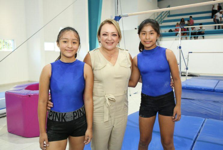 En-Quintana-Roo-Juntos-Avanzamos-en-la-form3-742x500.jpg